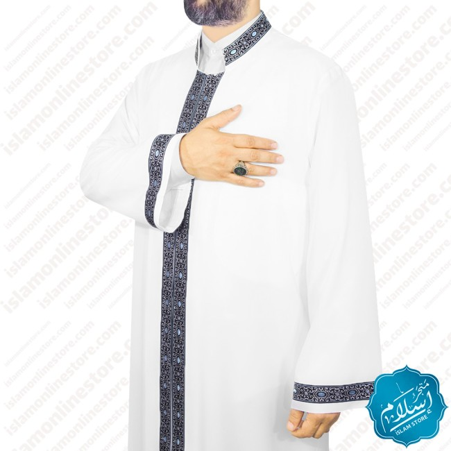 Mens abaya with a ribbon containing blue beads