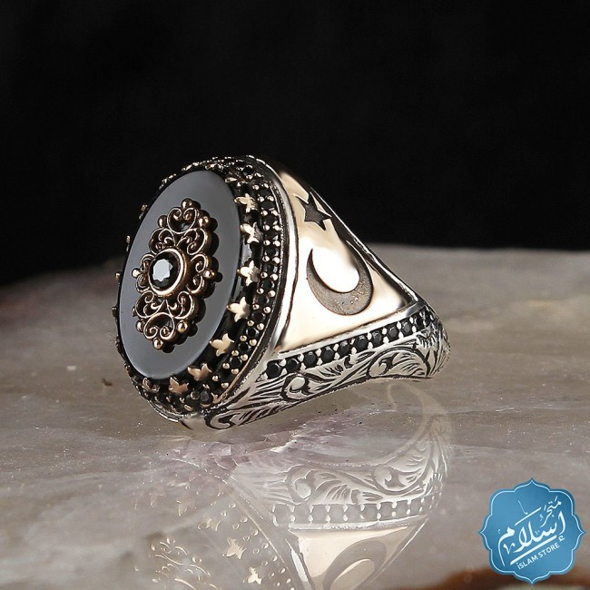 Men's silver ring with onyx stone