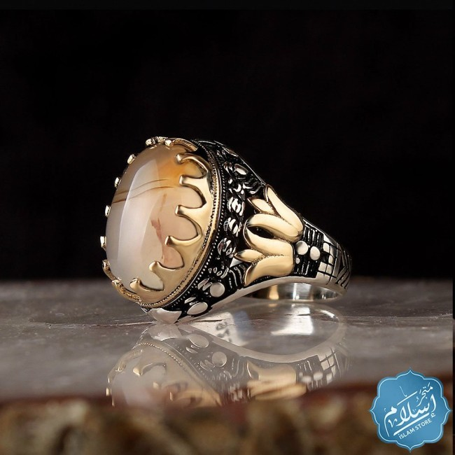 Silver ring with a Yemeni agate stone