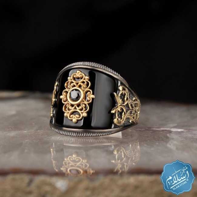 Silver ring for men with onyx black color