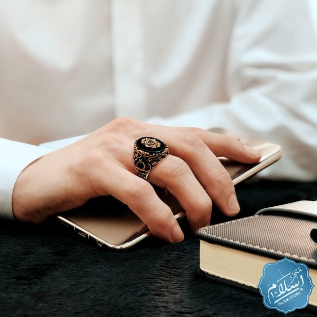Silver ring for men with onyx stone