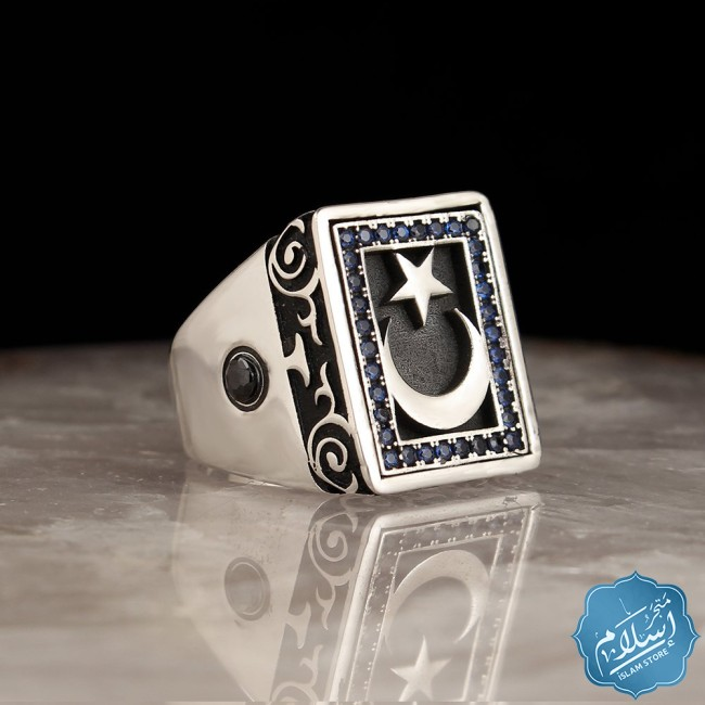 Silver ring with zircon stone engraved with a star and a crescent